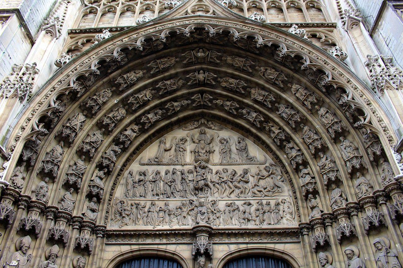 catedral-valor-patrimonial-1280x853.jpg